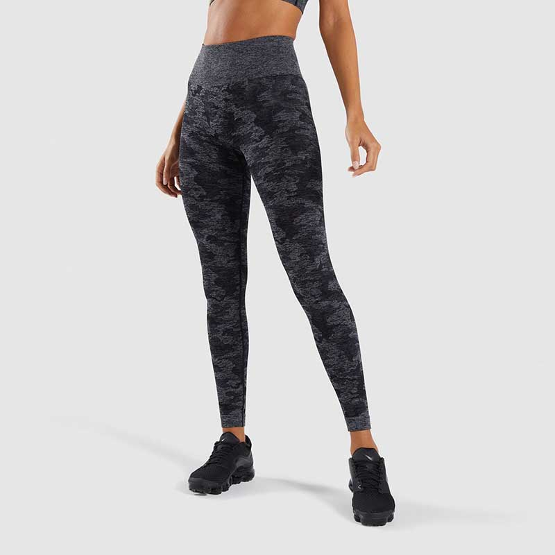 Black-camouflage-seamless-sports-leggings