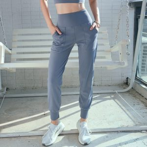 Loose yoga pants with double sides pocket