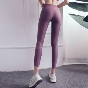 reflective-running-leggings-pocket-high-waist-and-hip-lifted-yoga-pants