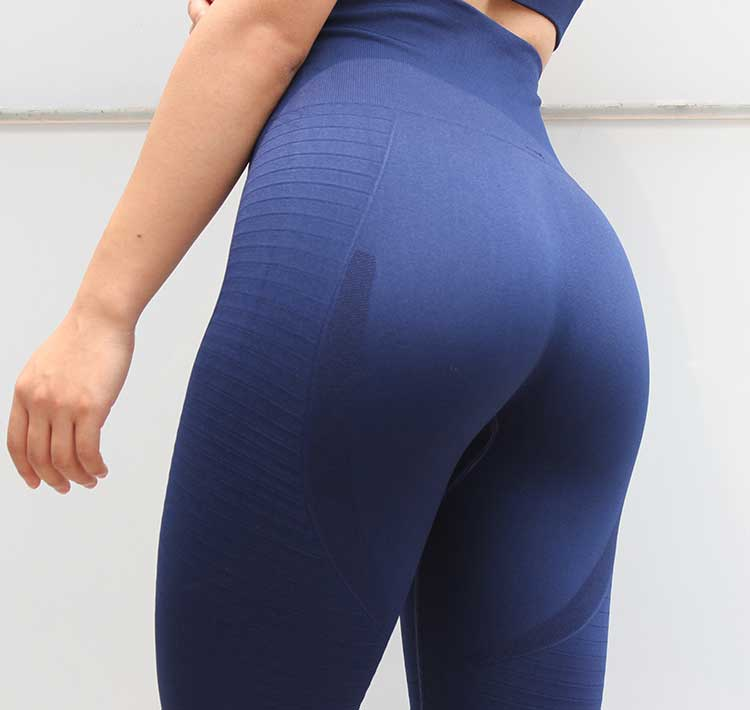 Navy-blue-seamless-leggings-with-high-waisted