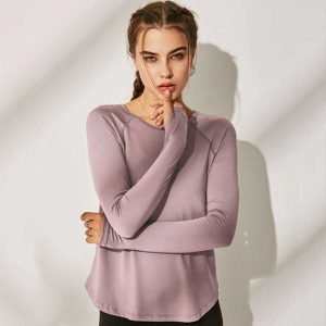 Long-sleeve-running-shirt-womens
