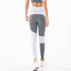 Yoga-outfits-for-women