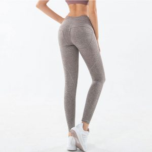 best-yoga-pants-to-hide-cellulite