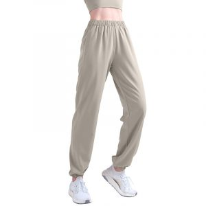 straight leg yoga pants with pockets