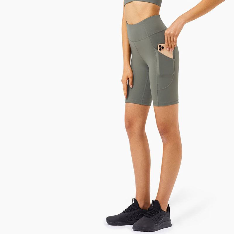 Gym tights with pockets